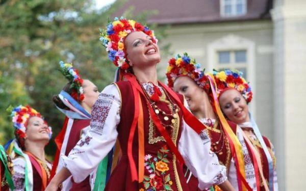 Языковые квоты— украинский язык доминирует наТВ ирадио