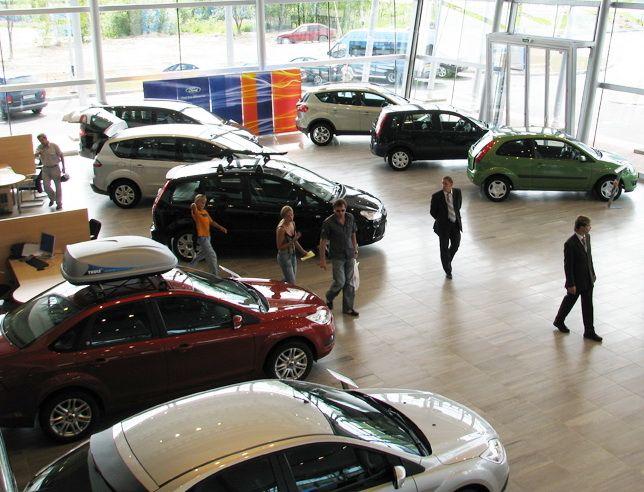 Замесяц 26 компаний изменили цены нановые автомобили в Российской Федерации